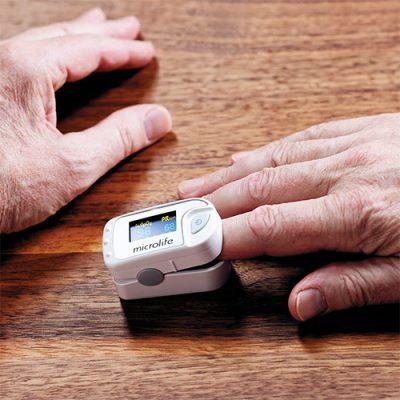 prikaz merenja sa pulsnim oksimetrom microlife oxy 300